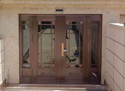 大连别墅铜门安装